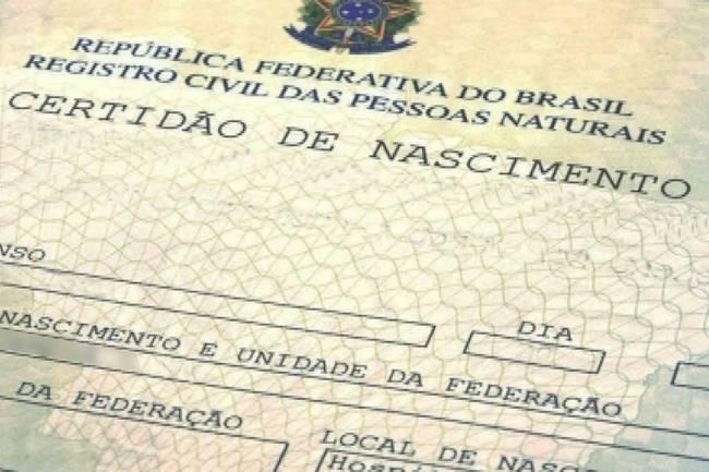 Mudanças nas regras da certidão de nascimento seguem para sanção presidencial