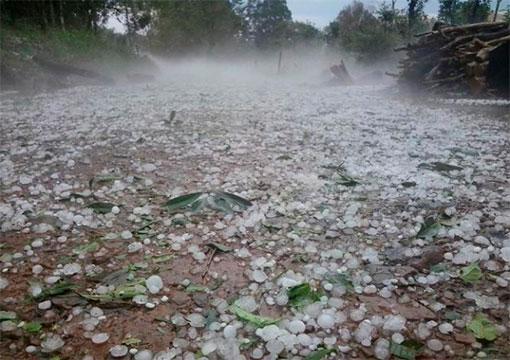 Chuva não dá trégua e agrava situação no Sul do Brasil