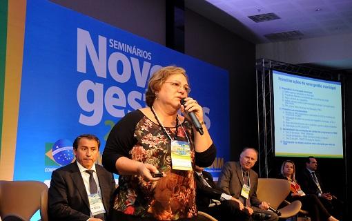CNM apresenta aos gestores do Sul desafios na área de Desenvolvimento Social