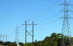 Sancionada com 17 vetos lei que altera regras do setor elétrico