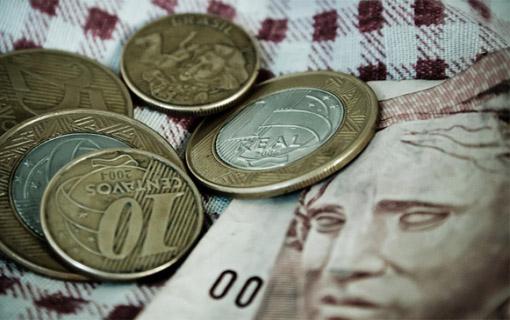 Crise em foco: Municípios enfrentam dificuldades para cumprir limites de gasto com pessoal