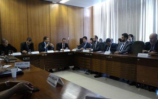 Representantes do setor debatem com a CNM melhorias para a cadeia da soja
