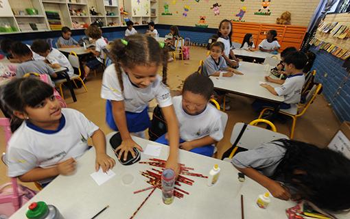 Resolução destina recursos a escolas municipais