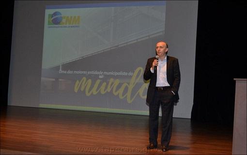Após Seminário Novos Gestores, CNM orienta prefeitos eleitos em eventos de associações estaduais