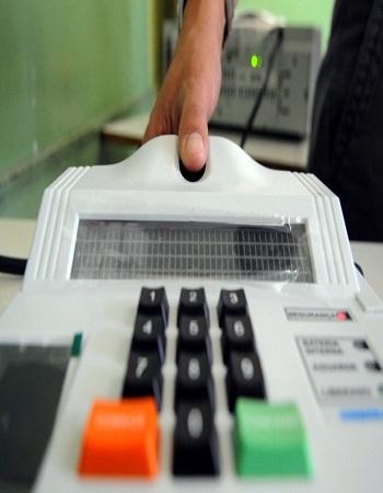 Impressões digitais de todos os eleitores devem estar cadastradas até 2020