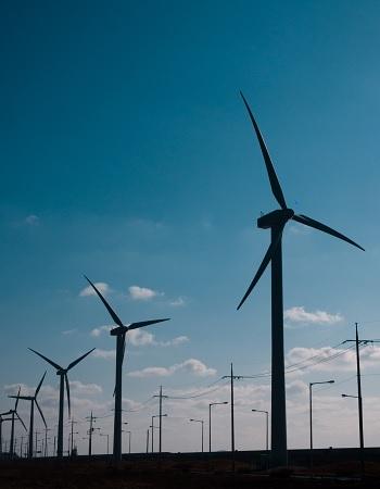 Brasil pode ter tarifas de energia mais baratas nos próximos anos