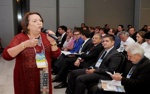Prefeitos da região Sul recebem orientações jurídicas para transição de mandato