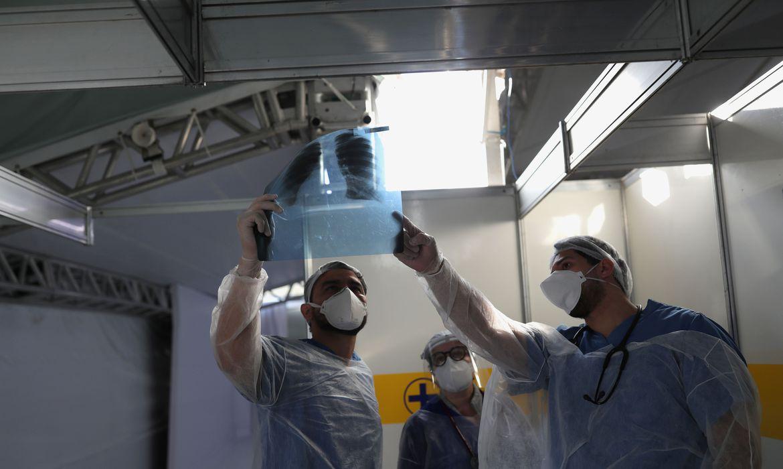2020 05 13t224457z 1 lynxmpeg4c22o rtroptp 4 health coronavirus brazil hospital