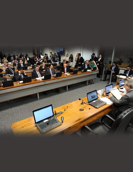 Senado discute medidas para conter o consumo de tabaco no país