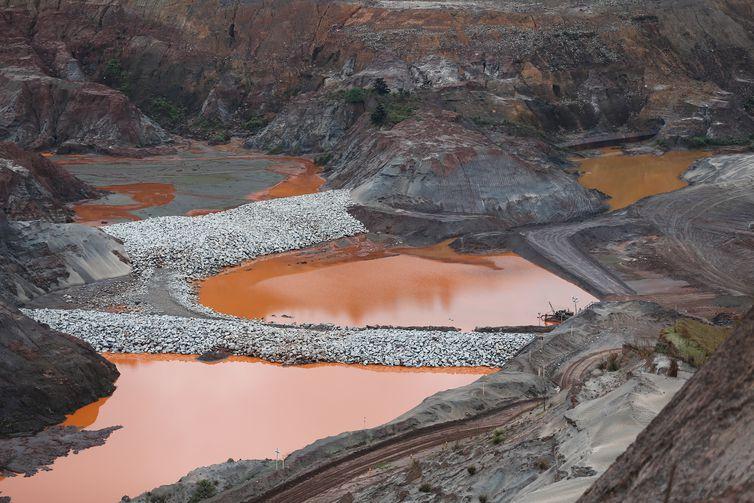 Câmara dos Deputados recebe sugestões para anteprojetos sobre barragens
