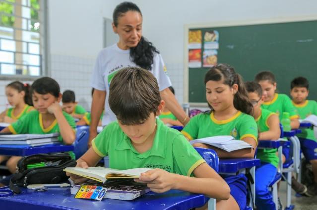 01042020 escola Claudia Ferreira pref. Boa vista