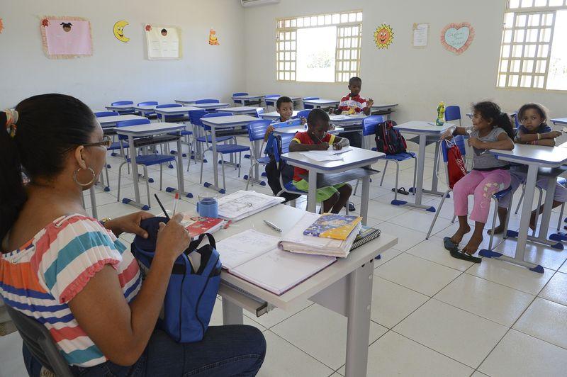 Gestores devem ficar alerta sobre repasses financeiros da área de Educação