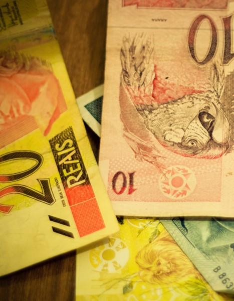 10052017 notas dinheiro ag. brasil