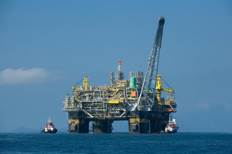12012018 plataforma de petroleo EBC