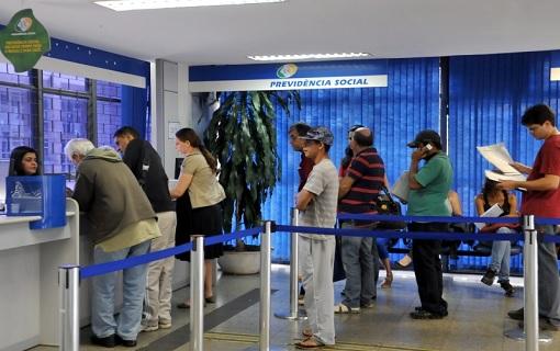 INSS convoca 94 mil segurados para revisão de benefícios