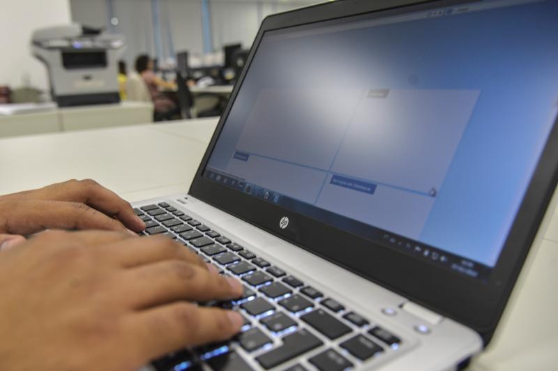 Informações e serviços públicos federais serão concentrados no portal único GOV.BR