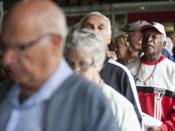 28062017 idosos trabalho cred. ag. brasil