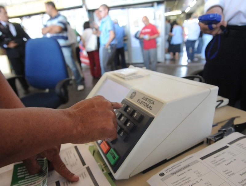 Mais eleitores que habitantes: CNM atualiza estudo após estimativa populacional do IBGE