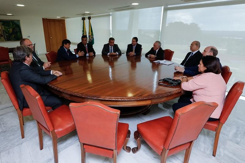 Presidente da CNM e governadores discutem pauta em comum com Executivo Federal