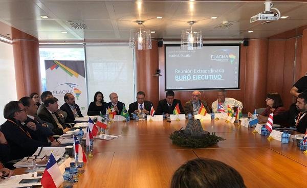 MADRI: Presidente da CNM participa de reuniões de redes globais e regionais de cidades