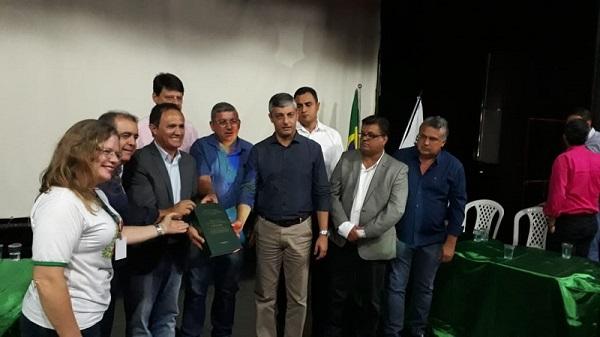 Resíduos Sólidos: CNM participa de reunião de Consórcio que reúne 14 Municípios goianos
