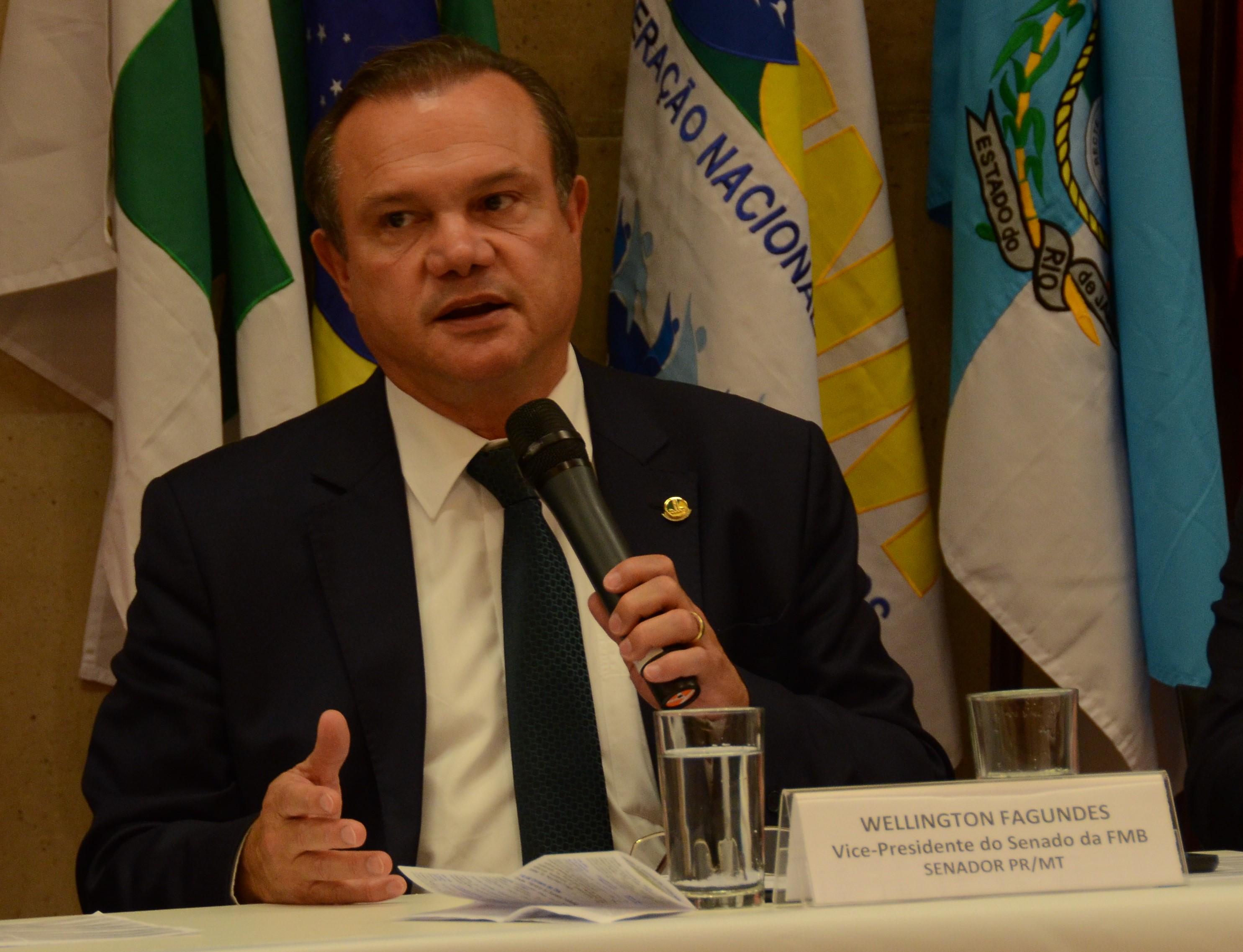 Senador Wellington Fagundes apresenta proposta de municipalização do ITR