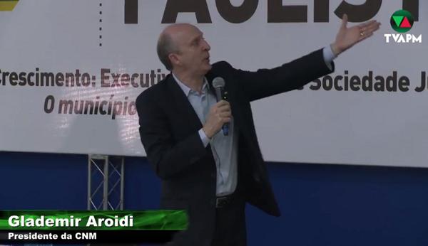 Aroldi defende pauta municipalista em congresso dos Municípios do Noroeste Paulista