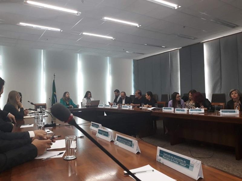 CNM e entidades estaduais levam pleitos municipais em reunião do Comitê Siconv