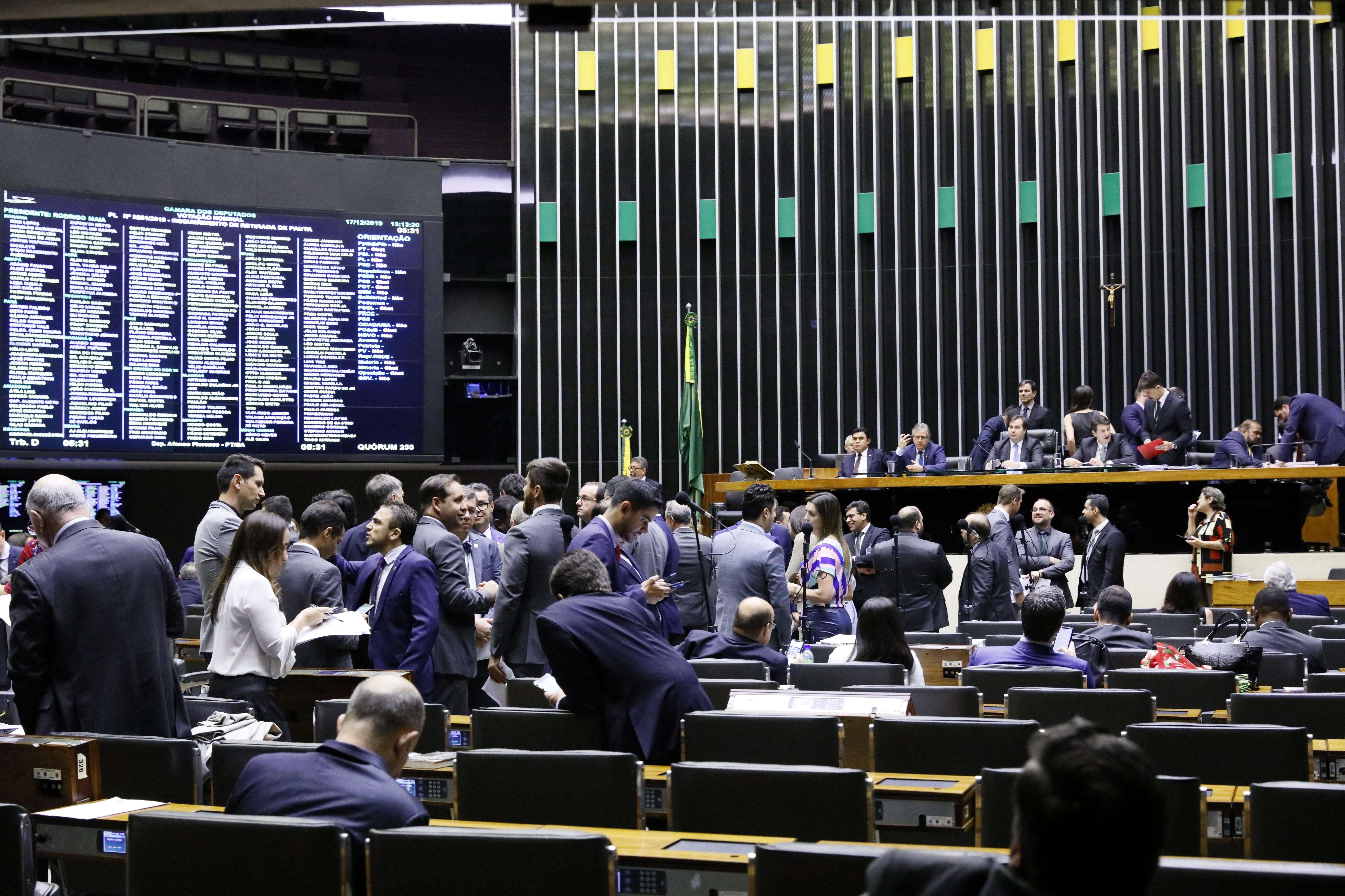 17122019 votacao saneamento Luis Macedo Ag Camara