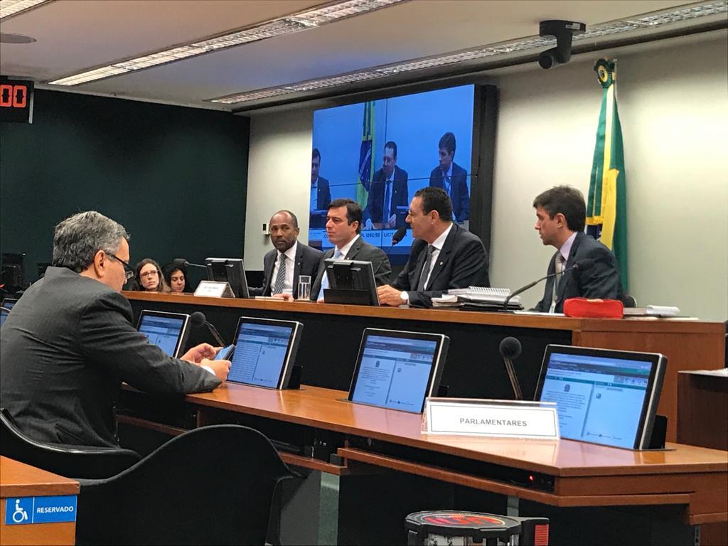 Comissão tem acordo para aprovar Nova Lei de Licitações, mas não atinge quórum