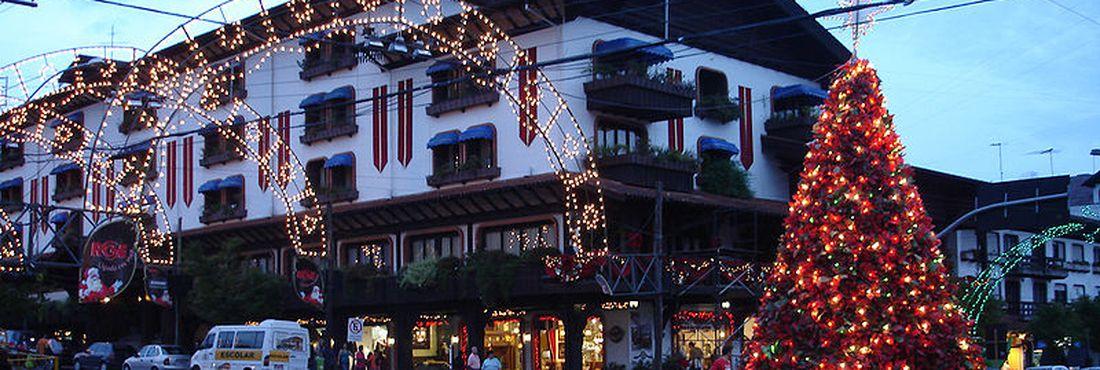 Final de ano: atrações natalinas e verão movimentam o turismo nos Municípios