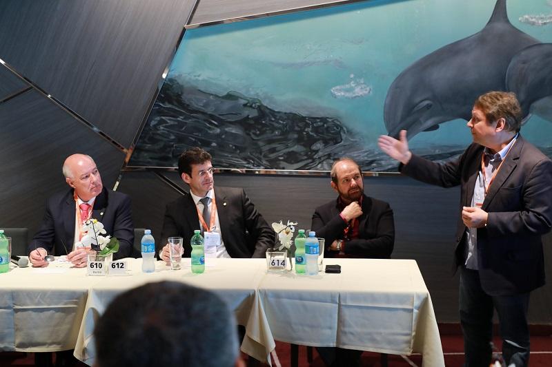 CNM participa de reunião com atual e futuro ministro do turismo organizada por frente parlamentar
