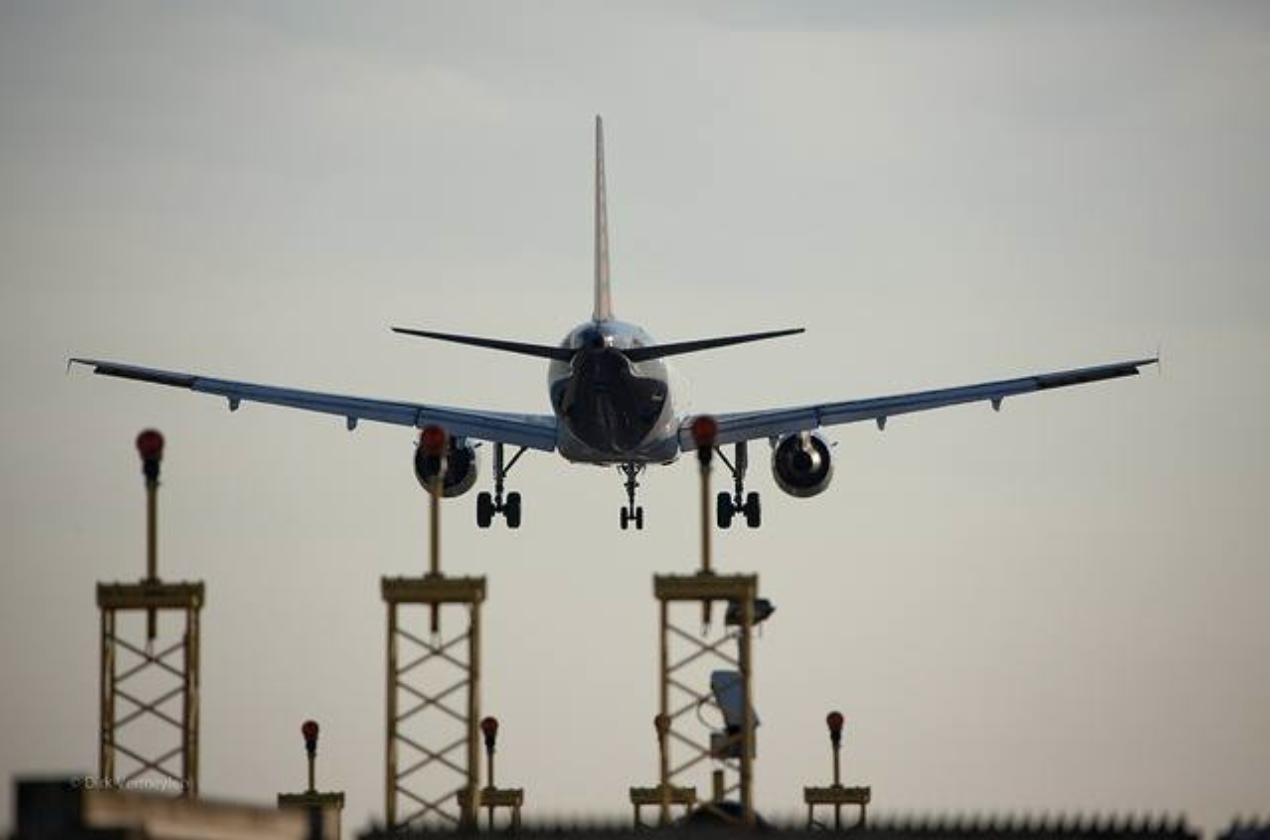 Governo edita MP que libera até 100% de capital estrangeiro em companhias aéreas