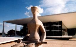 Pagamentos de honorários advocatícios com recursos do Fundeb estão suspensos